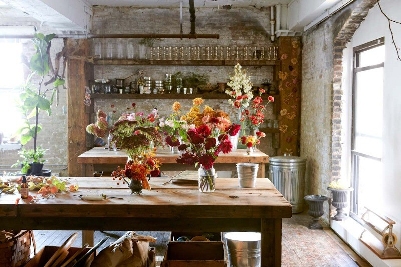 studio 421 floral design  Heart of Gold: Inspiring Work Spaces: Floral Designer Amy ..