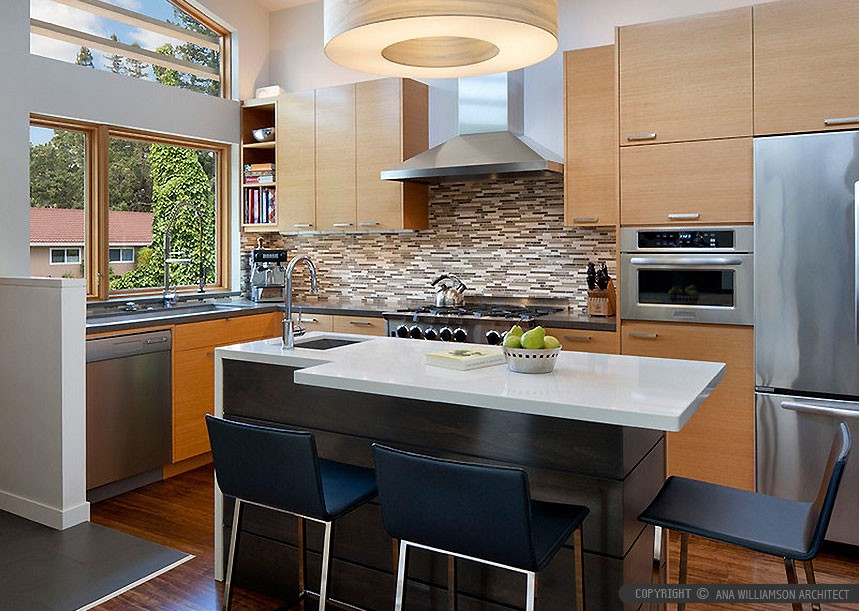 quartz countertop backsplash combinations  brown-cabinets-white-quartz-countertop-kitchen-backsplash ..