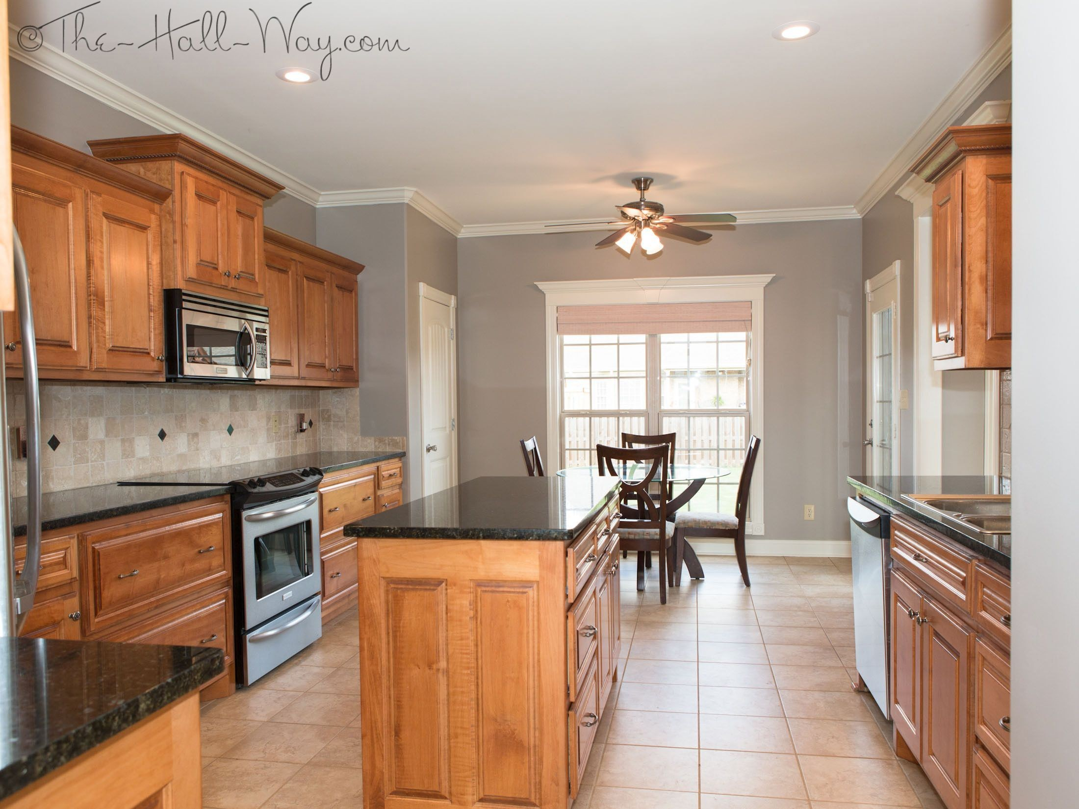 Countertop Colors That Go With Honey Oak Cabinets How ...
