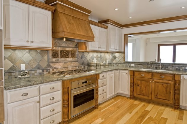 countertop colors that go with honey oak cabinets  The Best Color Granite Countertop for Honey Oak Cabinets ..