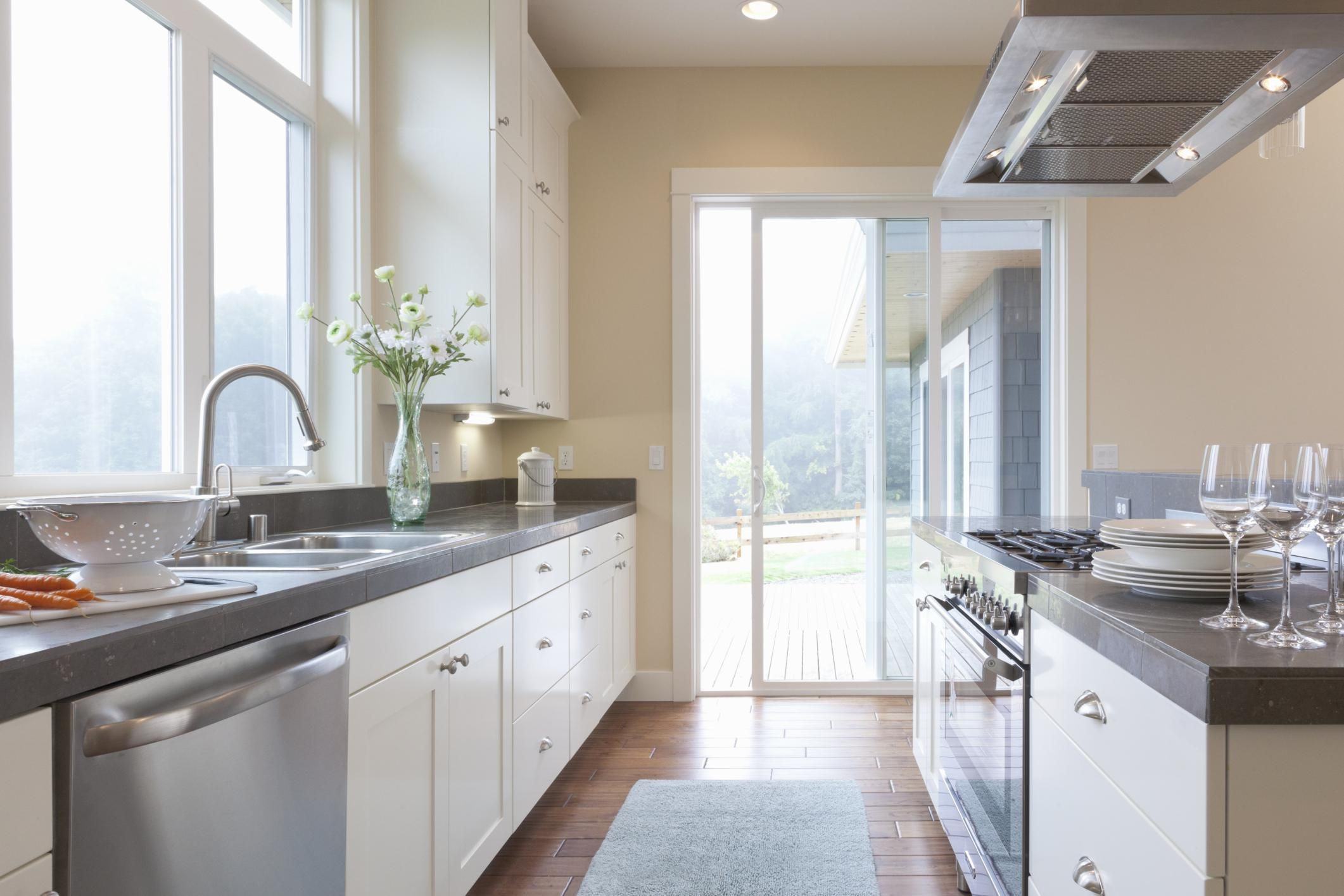 cabinet and countertop height  The Optimal Kitchen Countertop Height - cabinet and countertop height