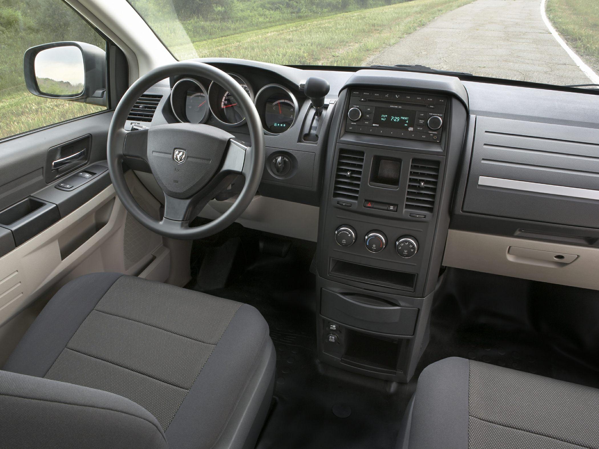 dodge grand caravan interior  2010 Dodge Grand Caravan - Price, Photos, Reviews & Features - dodge grand caravan interior
